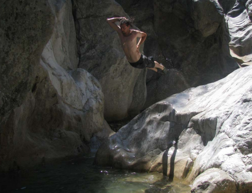 Flusswanderung im Canyon des Ağva Bergbach